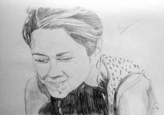 Marion Cotillard  Crayon de bois