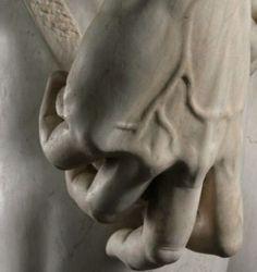 templeofapelles:  Michelangelo's David (detail)