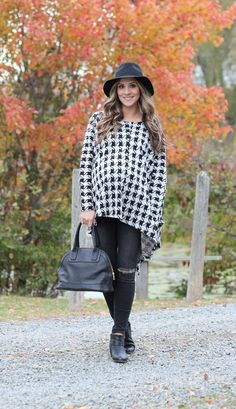 Fall maternity style with the perfect houndstooth poncho, and beauty tips from #Aveeno! #ad
