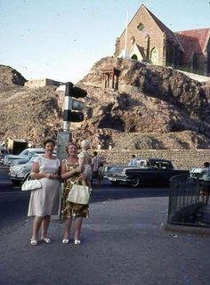 Braitain family in aden Arabian Peninsula, Arabian Sea, Historical Photos, Uni, 1960s, Coast, British, Future, City