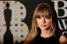 Taylor Swift - Brit Awards 2013 - Red Carpet Arrivals
