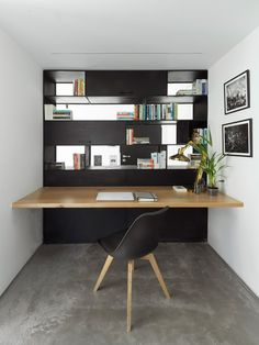 Collaboration With Architects and Designers Dream Home Design, Home Interior Design, House Design, Office Decor, Home Office, Metal Bookcase, Desk In Living Room, Mid Century House, Scandinavian Interior