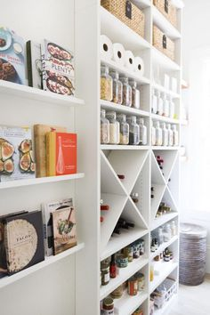 dream pantry, storage for food and additional prep space to use small appliances. California Closets and Neat Method basically looks like a store, with some smart organizing details borrowed from retail design. Kitchen Pantry Storage, Pantry Room, Kitchen Pantry Design, Kitchen Shelves, Pantry Organization, Organized Pantry, Kitchen Ideas, Wine Storage, Ikea Shelves