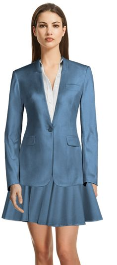 Discover made-to-measure fashion for women. Personalise your female suits, shirts, jackets and skirts at the best price. Green Wool, Tailored Suits, Skirt Suit, Summer Wardrobe, Design Your Own, Suits For Women, Custom Made, Shirt Dress, Blazer