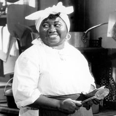 """tcm: """"Remembering Hattie McDaniel on her birthday, here in James Whale's SHOW BOAT """" Hollywood Images, Old Hollywood Movies, Hollywood Walk Of Fame, Hollywood Stars, Classic Hollywood, Hollywood Actresses, First Academy Awards, James Whale, Hattie Mcdaniel"""