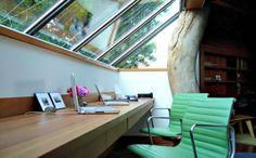 30 geweldige kantooromgevingen: Kantoor bos http://www.kantoorruimtevinden.nl/blog/30-geweldige-kantooromgevingen/