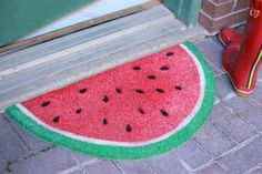 Faça você mesmo: tapete em formato de melancia