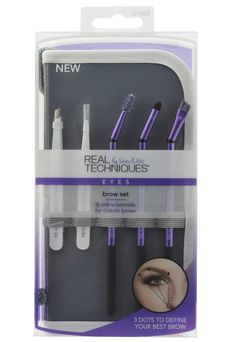 The Real Techniques Brow Set is an eyebrow brush set that includes all of the tools you need to clean up, fill in, define, shape, and highlight your brows. Create the perfectly arched brow with professional makeup brushes from Real Techniques. Makeup Brush Dupes, Eye Makeup Brushes, Makeup Brush Set, Makeup Remover, Real Techniques Set, Real Techniques Makeup Brushes, Mascara, Eyeliner, Make Up Tools