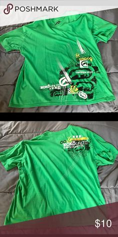 Ecko Unlimited Shirt XL Green, Gently used. Feel free to message me with any offer, before hitting the offer button. 😊 Ecko Unlimited Shirts Tees - Short Sleeve