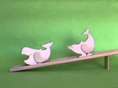 ▶ Walking Toy Whale , Wooden KachiKachiAnimal カチカチ動物 歩くクジラとイルカ - YouTube