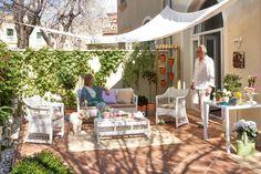 Da igual que tengas un jardín amplio o una terraza muy limitada, ¡tú también puedes tener un espacio exterior acogedor y con estilo! Te proponemos algunas inspiradoras ideas.