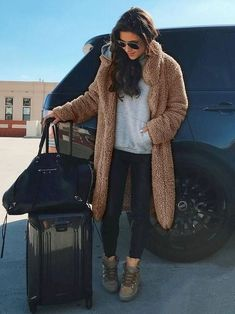 dress and coat outfit Winter Fashion Outfits, Fall Winter Outfits, Autumn Winter Fashion, Trendy Outfits, Winter Clothes, Dress Fashion, Fall Fashion, Mode Streetwear, Coat Dress