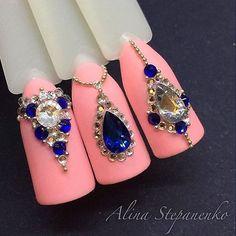 Рисунки от @alina_royal_cat #дизайнногтей #гельлак #шеллак #модныеногти #маникюр #мода #френч #ногти #педикюр #nailswag #nailporn #nailmaster #nailsart #polish #nailpolish #followme #manicure #instanails #cutenails #cute #fashion #fashionblogger #naillove #nailartist #lovenails #look #nail #nails #nailstagram