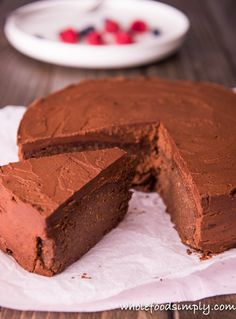5 Ingredient Chocolate Mud Cake. Simple and delicious! Free from gluten, grains and dairy. Enjoy.