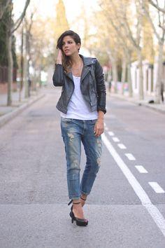 trendy_taste-look-outfit-street_style-ootd-fashion_spain-blog_moda_españa-boyfriend_jeans-vaqueros_boyfriend-mas34-sandalias_plataforma-rock-rocky-basic_tee-camiseta_basica-leather_jacket-chaqueta_cuero-chupa_cuero-polaroid-8