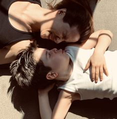 #lockdown #coronavirus #maman #mother #kids #mumandson #momlife #gym #momandson #kidsfashion #yoga #yogawithkids #mum #mom Yoga, Gym, Paris, Kids, Instagram, Young Children, Montmartre Paris, Boys, Paris France