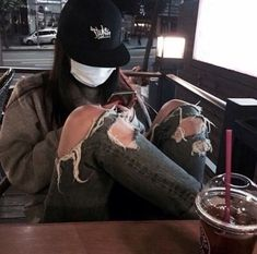Image about girl in ulzzang by yağmur on We Heart It Ulzzang Tomboy, Ulzzang Girl Fashion, Ulzzang Korean Girl, Tomboy Fashion, Boyish Girl, Tomboy Girl, Bad Girl Outfits, Tomboy Outfits, Tomboy Aesthetic