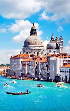 Canal Grande and Basilica di Santa Maria della Salute, Venice, Italy | 10 Amazing Photos of Venice, the City Blessed with Eternal Love