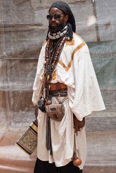 yagazieemezi:  PHOTOGRAPHY OF AFRICA: FABRICE MONTEIRO: LA VOIE...