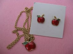 Candy Apple Vintage 70's Avon Pendant Apple Fruit by cricketcapers