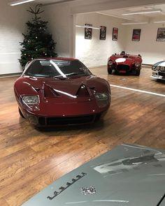 Christmas at Girardo & Co. #Ferrari #Ford #Lancia #Christmastree