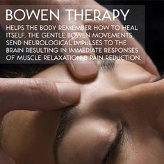 Want To Know More About Massage Therapy? The best way to forget about one's daily stresses is by getting a massage. You might want to learn how to give a massage but don't know where to start. Massage Tips, Massage Techniques, Massage Therapy, Massage Room, Reiki, Alternative Health, Alternative Medicine, Reflexology Massage, Meditation