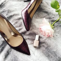 Calvin Klein shoes, accessories, curvy fashion blogger for women over 35
