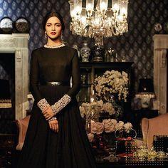 Deepika Padukone for #SabyaSachi! Love her look ♣️♠️