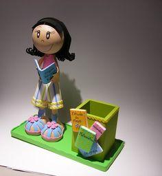 Bonecos Personalizados 3D em E.V.A - Fofucha Professora -102498630180302518149 - Álbuns Web Picasa