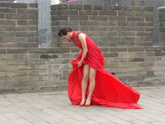 © P.Rijsdijk        Copyright  ...Chinese Woman in Red...