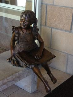 1/18/13: A neat statue outside of the Arapahoe County Library