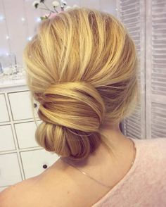 Tonya Pushkareva Long Wedding Hairstyle for Bridal via tonyastylist / http://www.himisspuff.com/long-wedding-hairstyle-ideas-from-tonya-pushkareva/5/