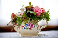 Floral Arrangement - Pearl & Godiva
