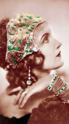 Anita Dorris - 1930 - German postcard by Ross Verlag, no 5030/1 - Photo by Atelier Manassé, Vienna