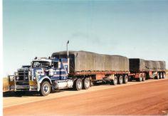 Show Trucks, Mack Trucks, Old Trucks, Fire Trucks, Train Truck, Road Train, Classic Tractor, Classic Trucks, Western Star Trucks