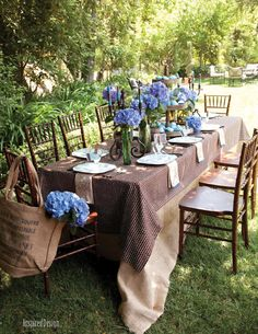 Inspired Design. Al fresco with gorgeous hydrangeas...