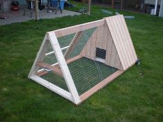 Cool DIY Rabbit Hutch Plans & Ideas You'll Love https://meowlogy.com/2018/05/09/diy-rabbit-hutch-plans-ideas-youll-love/ Having rabbits as a pet is quite easy, since they take very little to eat and can groom themselves. If you ever think of raising rabbits; then you'll need to take a look at these DIY rabbit hutch plans & ideas, as your very first start.