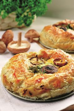 Romanian Food, Romanian Recipes, Pastry And Bakery, Vegetable Pizza, Food Videos, Food To Make, Good Food, Food And Drink, Appetizers