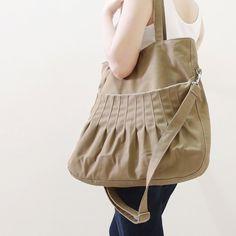 Khaki Shoulder Bag / Kinies