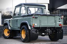 Land Rover Defender 90 Pick Up by Kahn Design