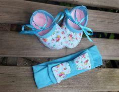 Baby Slofjes en Haarband Flowers on Blue-baby door TheBabyRose