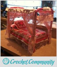EDITOR'S CHOICE (02/04/2016) American girl doll bed by burnzygirl211 View details here: http://crochet.community/creations/4168-american-girl-doll-bed