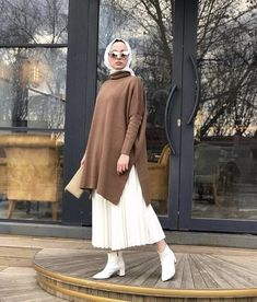 Modest Wear, Modest Dresses, Modest Outfits, Simple Outfits, Hijab Casual, Hijab Chic, Islamic Fashion, Muslim Fashion, Modest Fashion