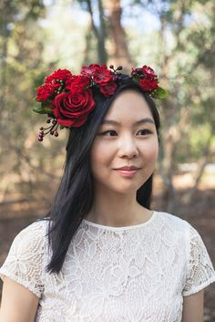 A number of people asked me if I make red flower crowns. I shouldn't be surprised because red is my favorite colour too! Here is one and I am really in love with it!  I used four types of flowers for this crown. They are geranium bush, rose, berries and cherry blossoms. I spent over an hour picking the flowers. I want this crown to be different :)