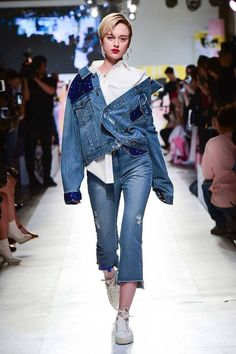 Korean Street-Wear Brand SJYP Takes the Catwalk by Storm with its Intriguing Denim