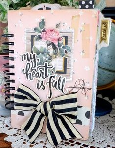 Open Book Journal - a new class that I'll be teaching at scrapbook stores starting November featuring Maggie Holmes Open Book collection. Mini Albums Scrap, Mini Scrapbook Albums, 3d Paper Crafts, Paper Crafting, Mini Album Tutorial, Crate Paper, Album Book, Creative Memories, Open Book