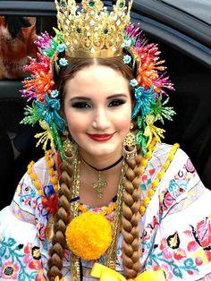Montuna Santeña - Susana Matilde Mora Arias Reina Nacional de La Pollera 2013