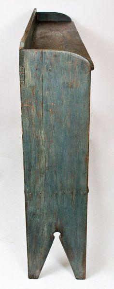 Blue-Painted Crock Bench, American, 19th century -- Lot 481 -- March 19, 2016 Stoneware Auction -- Crocker Farm, Inc.