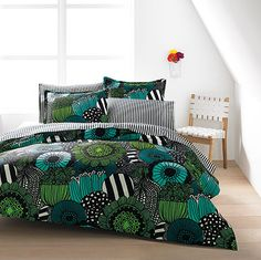 Marimekko Siirtolapuutarha Green Twin Duvet Set A contemporary take on traditional floral prints, the Marimekko Siirtolapuutarha Green Duvet Set features flowers bloomed from designer Maija Louekari's imagination. Duvet Sets, Duvet Cover Sets, Marimekko Bedding, African Interior Design, African Home Decor, Green Bedding, Style Deco, Home Decor Furniture, Luxury Bedding