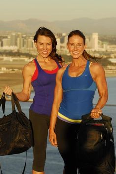 Reppin Fitmark Bags with my fit friend Jaime Michelle.  Nice bag!